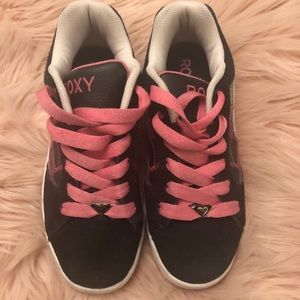 Roxy black and pink shoes 